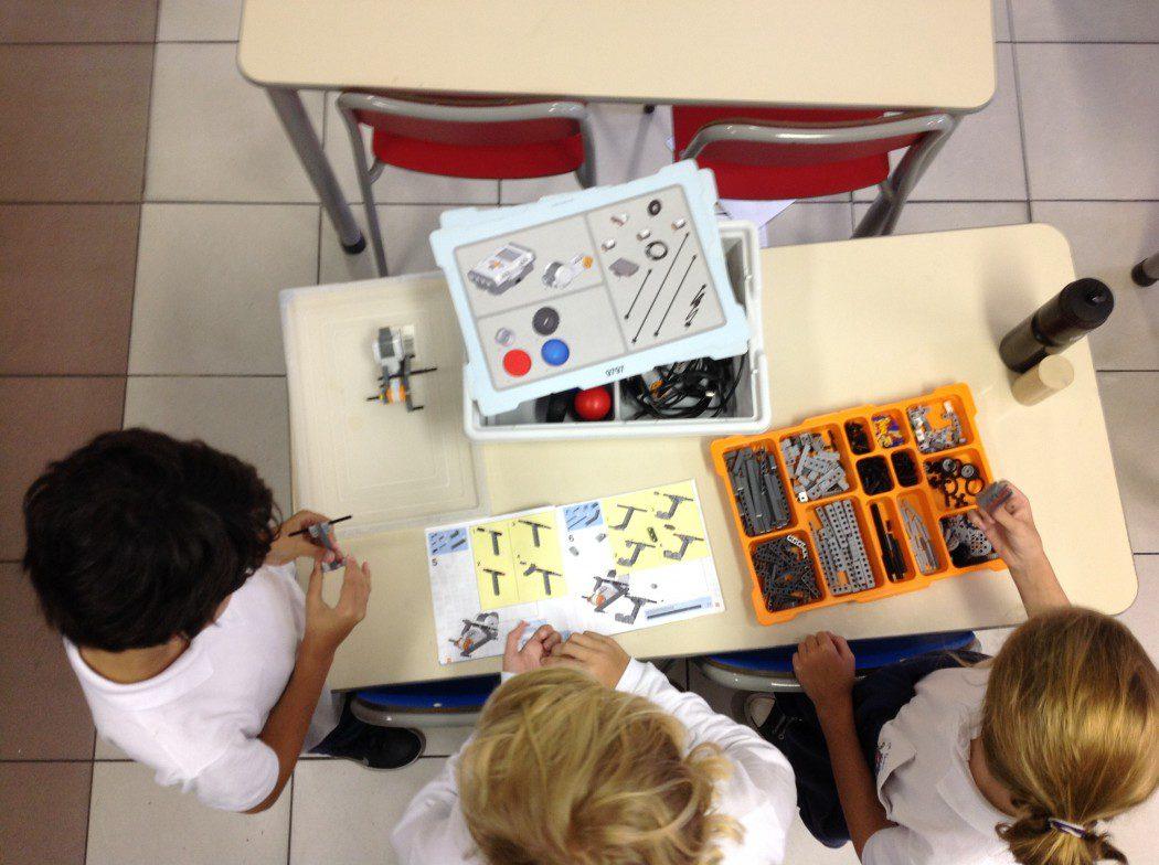 Building a Lego Mindstorm