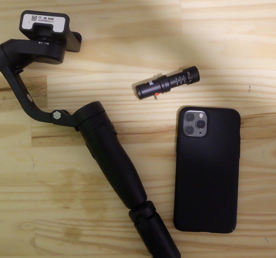 FeiyuTech VLOG Pocket Handheld Gimbal Stabilizer  Rode 'VideoMic Me'  iPhone 11 Pro